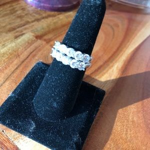 Jewelry - 💋💍 Gorgeous Ring 💋💍